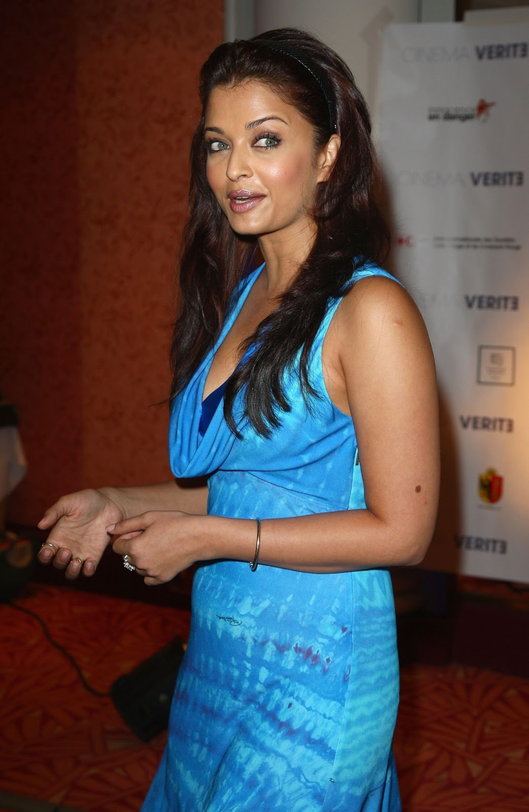Aishwarya Rai Unseen Oily Face Without Makeup Face Photos