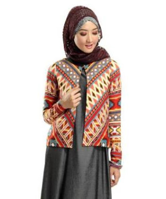 Contoh baju batik atasan wanita modern jilbab