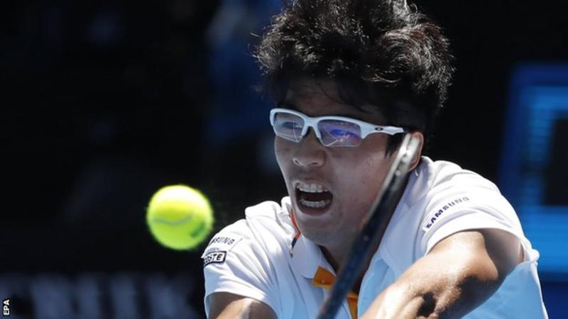 Australian-Open-2018-Chung-Hyeon-danh-bai-Tennys-Sandgren-de-vao-ban-ket