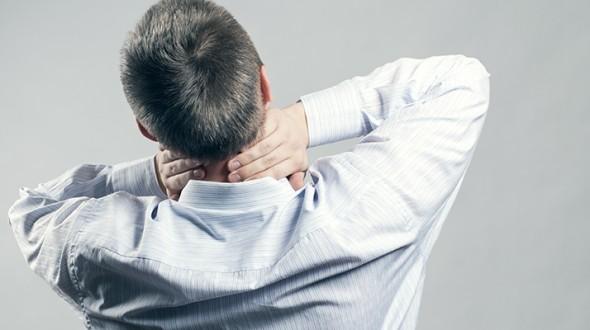 Cara Mengatasi Sakit Leher Akibat Saraf Kejepit