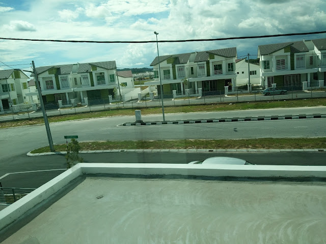 Master Bedroom Homestay di Seri Iskandar Perak