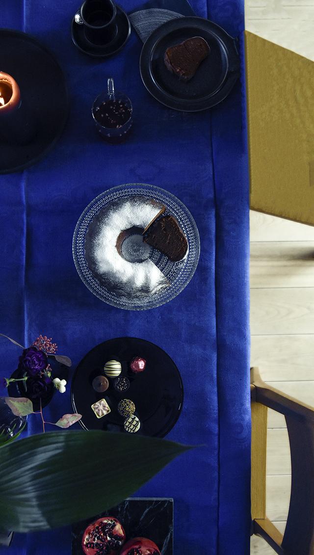 joulu,pikkujoulu,arthurs,lomatalo,mökki,cottage,finnish cottage,finland,suomi,lomamökki,kuusi,arkitunnelmia,sisustusblogi,sisustus,stailaus,porkkalanniemi,kirkkonummi,lomarengas,talvi,suomen talvi,suomenlahti,kukkakaari,granit, fasaani antiikki, fasaani, paras sisustusblogi, suosituin sisustusblogi, ihana koti, kaunis koti, unelmien mökki, stailaus, pääkaupunkiseudun kierrätyskeskus, stockmann tapiola herkku,muuto, armas design, marset, follow me,joulu,pikkujoulu,arthurs,lomatalo,mökki,cottage,finnish cottage,finland,suomi,lomamökki,kuusi,arkitunnelmia,sisustusblogi,sisustus,stailaus,porkkalanniemi,kirkkonummi,lomarengas,talvi,suomen talvi,suomenlahti,joulupöytä,christma table, kahvipöytä, joulukahvi, stockmann herkku tapiola, fasaani antiikki, fasaani, kukkakaari, pääkaupunkiseudun kierrätyskeskus, ruska, arabia, stockmann konvehdit, joulusuklaa, arabialainen maustekakku
