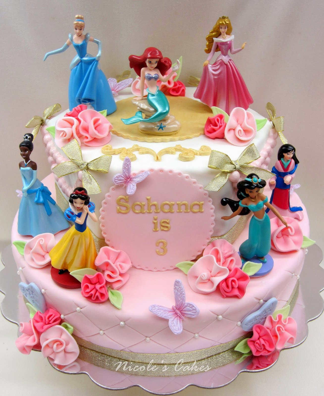 Confections, Cakes & Creations!: Gorgeous Pink Princess Cake!