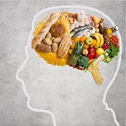دور الغذاء في تنشيط الذاكرة وعمل الدماغ