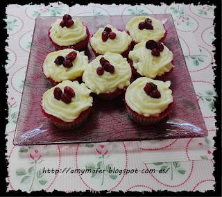 http://amymafer.blogspot.com.es/2017/05/cupcakes-de-queso-y-arandanos.html