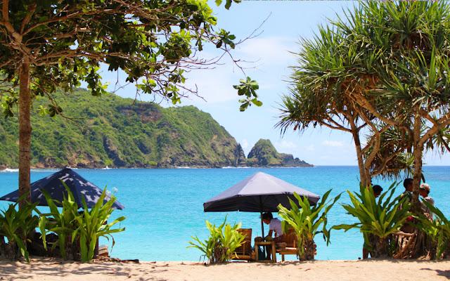 mawun beach ntb