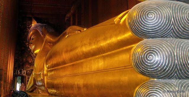 Wat Pho. Templo del Buda Reclinado. Bangkok, Tailandia.