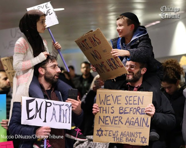 Foto Ini Dibajiri Komentar Positif dari Para Netizen Hadapi Isu Toleransi Agama