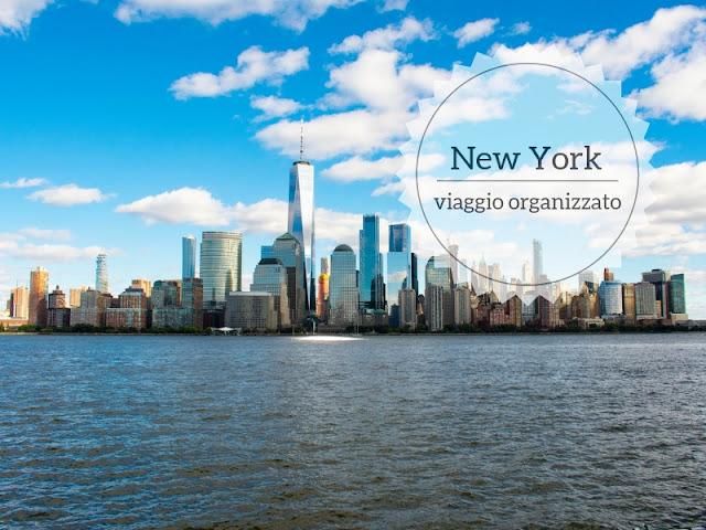 Scegliere un viaggio organizzato per visitare New York e dintorni. lo skyline di NY