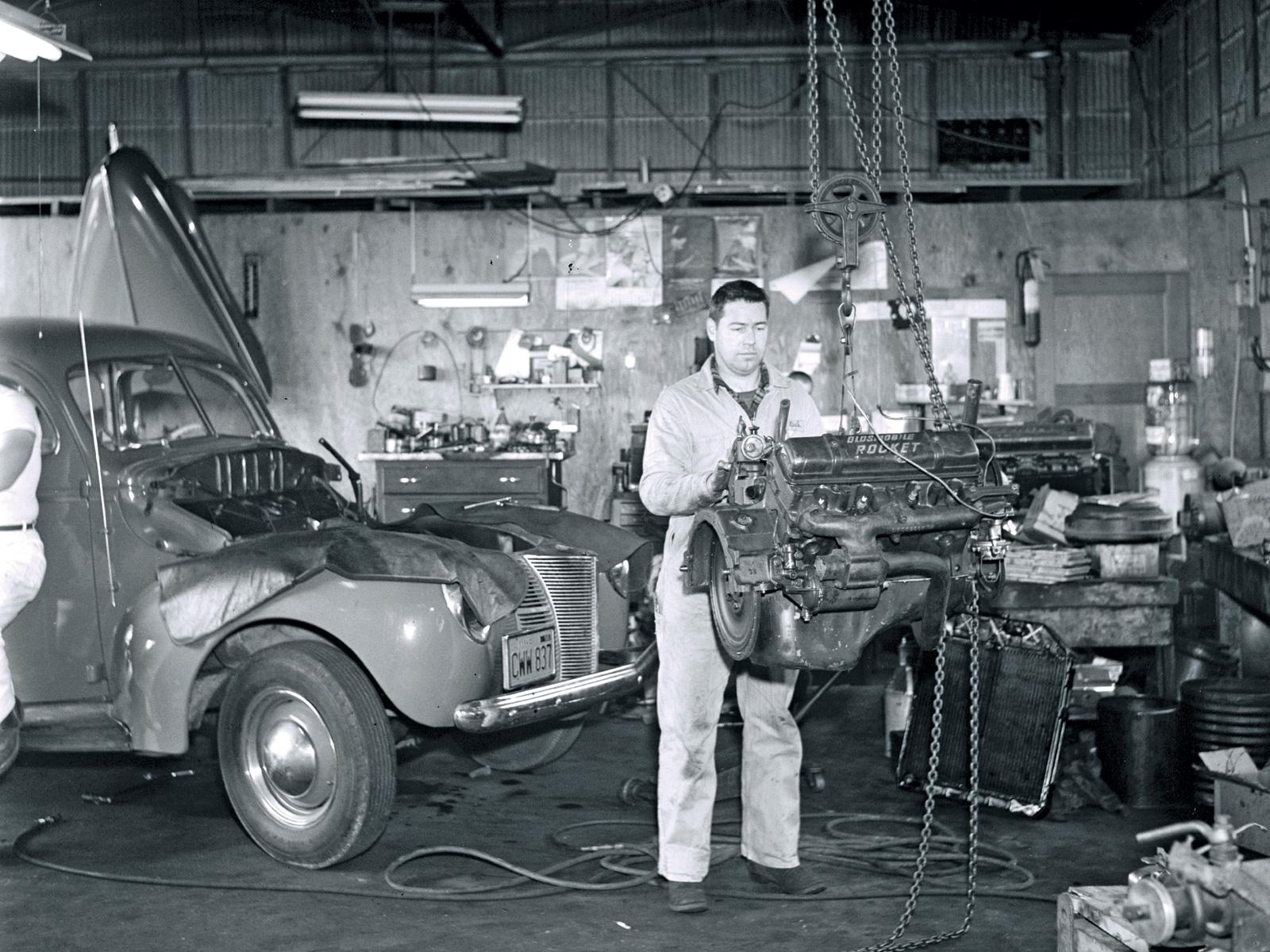 Instituto Cultural Artigos E Carros De Epoca Old Cars Garage