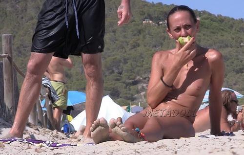 NudeBeach sb14107-14112 (Spy cam video from nude beach)