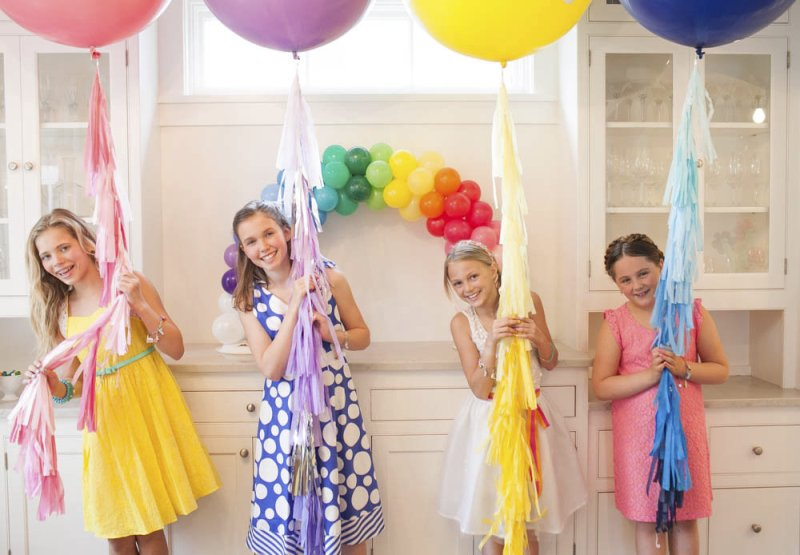 A Charming Over The Rainbow Birthday Party - via BirdsParty.com