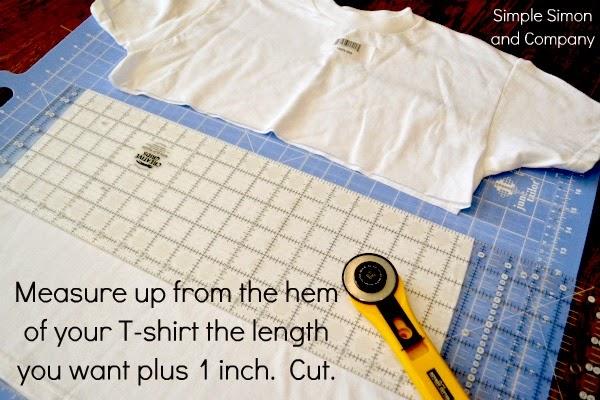 cómo hacer una falda de flecos infantil con 2 camisetas