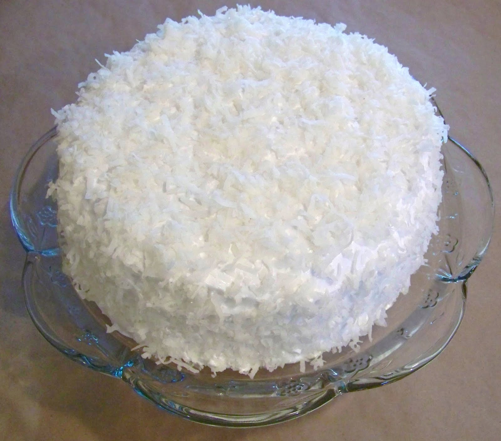 Best Coconut Cake With Lemon Filling