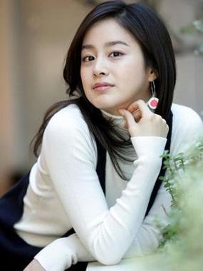 Foto model terbaru Kim Tae-hee - Artis Korea Selatan