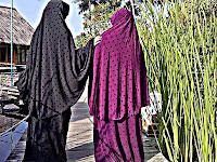 Mengapa Seorang Wanita Wajib Menutup Aurat