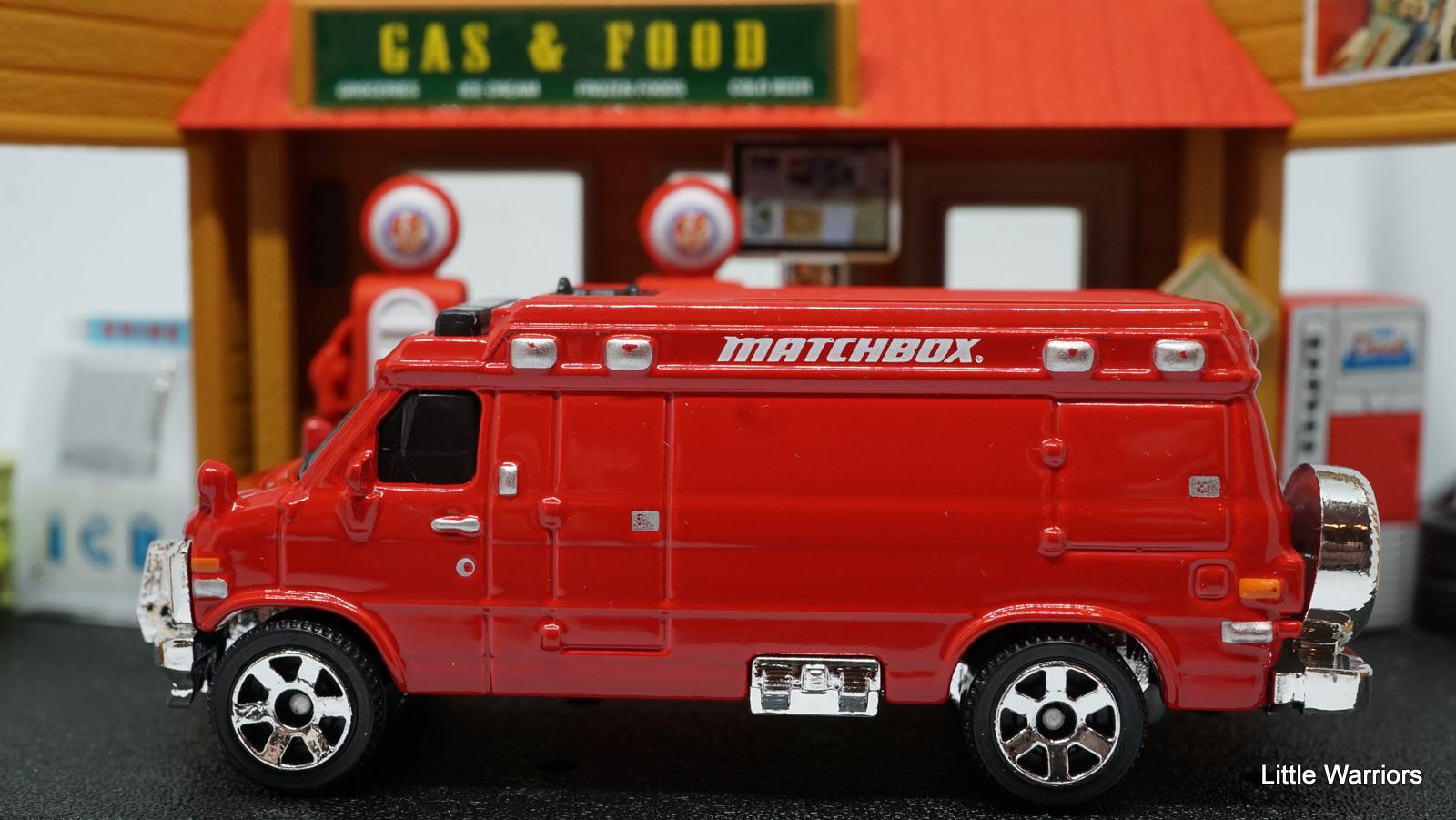 Little Warriors  Matchbox Custom  U0026 39 95 Chevy Van  Mb1052