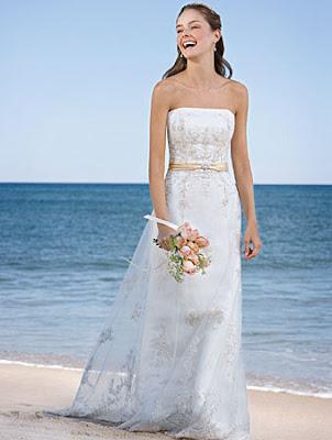 4 Vestidos (de noiva) e algumas idéias para o casamento na praia...!
