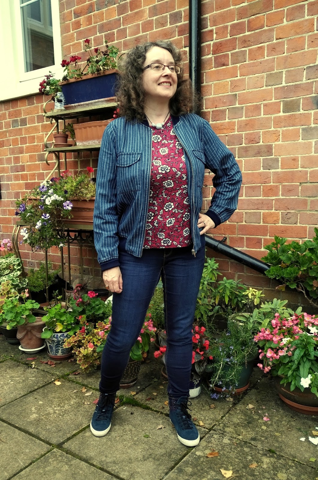 Peacocks Floral Statement Sleeve Top | Asos Petite Striped Bomber Jacket | Geox High Tops |Petite Silver Vixen