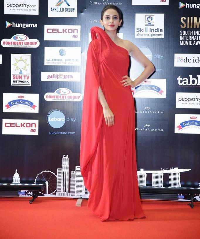 Rakul Preet Photos In Red Dress At SIIMA Awards