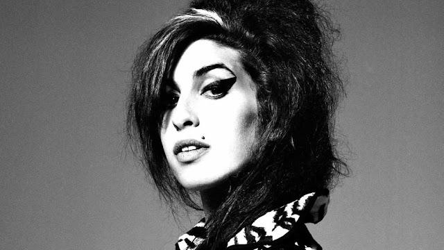 Gravadora destrói material inédito de Amy Winehouse