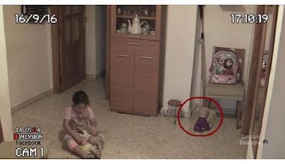 Video Mengerikan, Anak Ini 'Diteror' Hantu Dua Kali