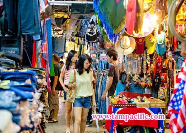 Mặt tối đằng sau khu chợ trời Chatuchak nổi tiếng tại đất nước Thái