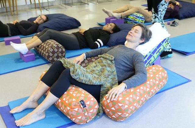 Giáo viên Yoga trị ung thư và những đòi hỏi thiết yếu