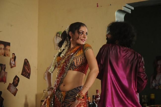 Andrea Jeremiah Hot Latest Navel Seduction Stills In Saree