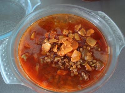 Lentejas con refrito de ajo y pimentón