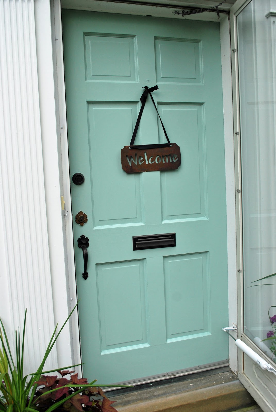 Fix 39 n up the house paint colors - Front door colors for blue house ...