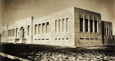 Grupo Escolar Vasco Coutinho. Foto Paes. Anos 1930.