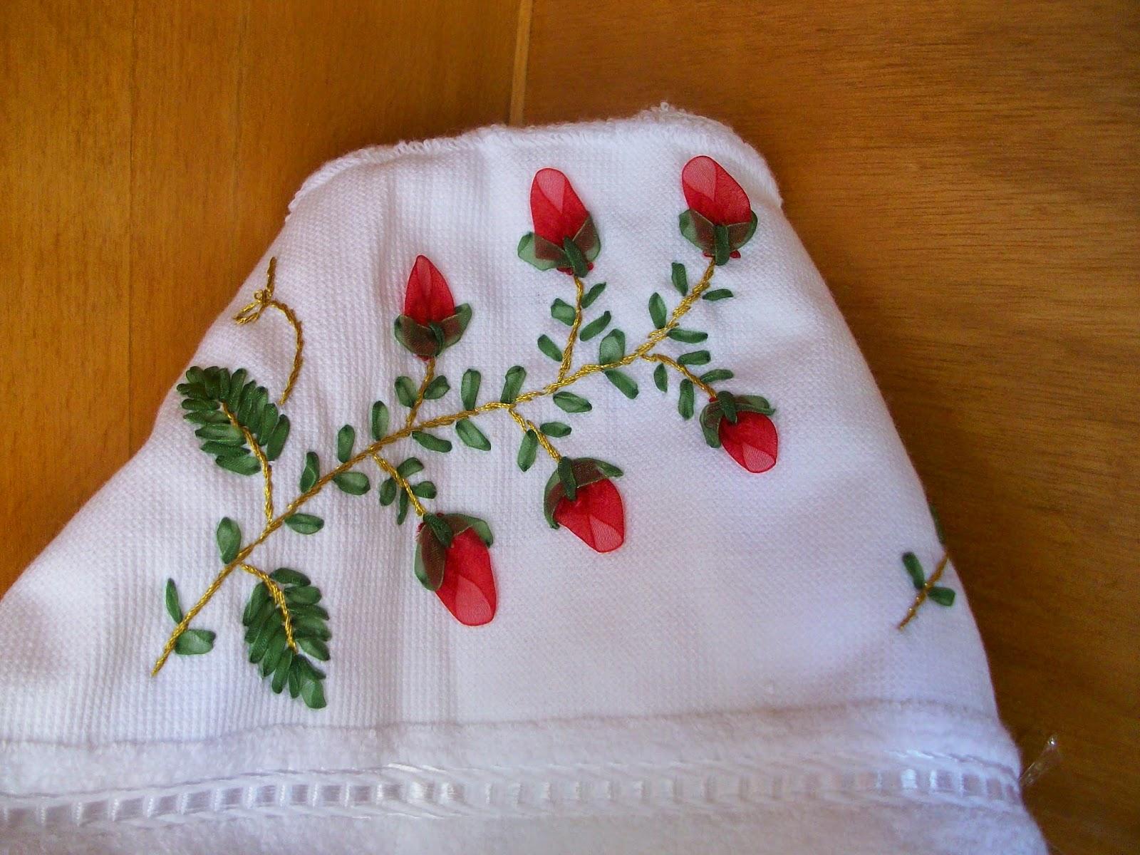Kurdela Nakış Küpe Çiçeği Yapılışı