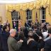 Découvrez la nouvelle décoration (dorée) du Bureau Oval sous Trump