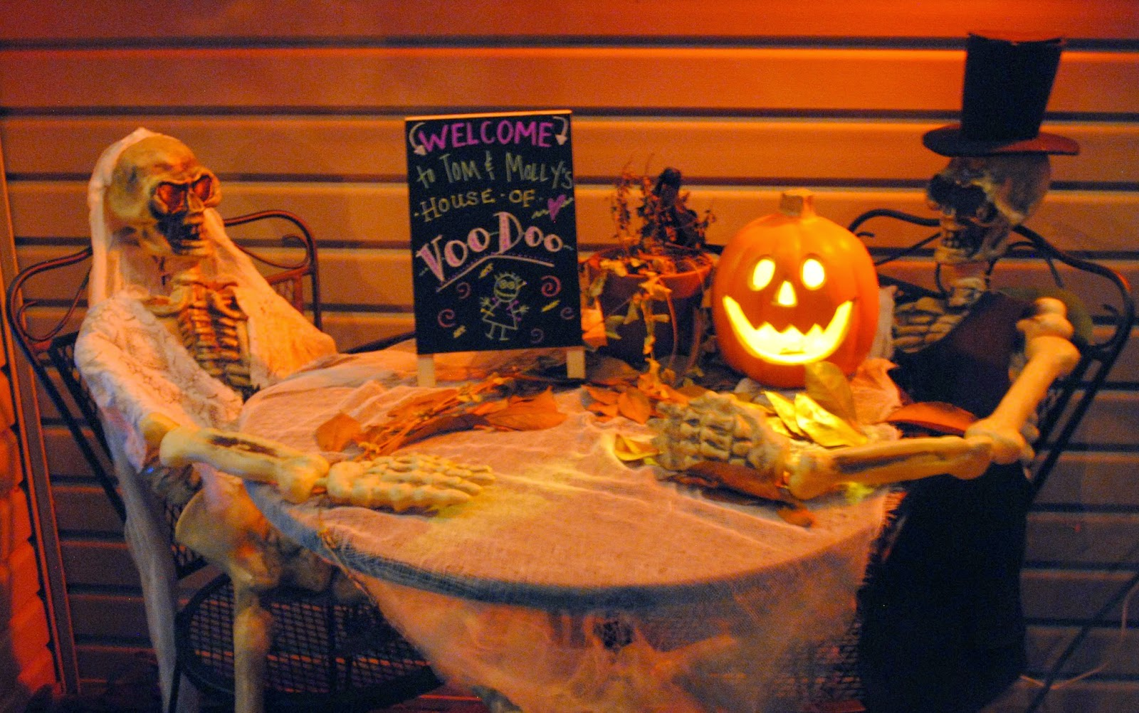 Good Golly, Ms. Molly!: Halloween Decorations and Felt