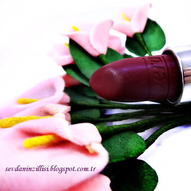 lavera-organik-ruj-04-kiraz-rengi