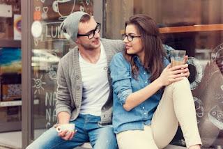 Tips Menaklukan Hati Cowok Yang Cuek Dan Dingin