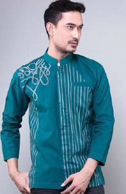 kini banyak mengalami banyak perkembangan dan perubahan pada desain dan modelnya 32+ Koleksi Model Baju Muslim Pria Desain Modern Terbaru 2017