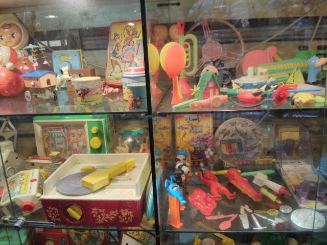 הנמל ביפו - צעצועים