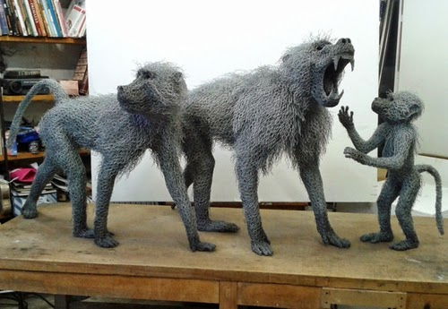 00-Kendra-Haste-Galvanised-Wire-Animal-Sculptures-www-designstack-co