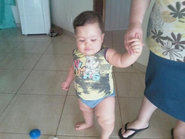 WADUH : Anak Usia 5 Tahun ini Bobotnya 80 Kg.