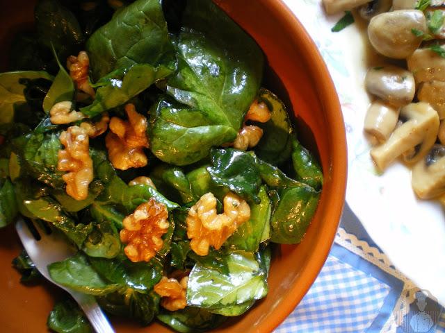 Ensalada de espinacas y nueces