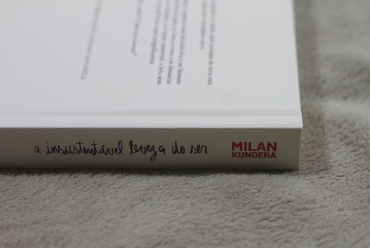 RESENHA A Insustentável Leveza do Ser; RESENHA Milan Kundera; companha das letras A Insustentável Leveza do Ser;