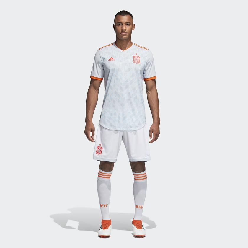 Kits Jersey Away Tandang Spanyol Piala Dunia 2018