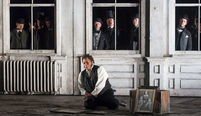 Donizetti: Lucia di Lammermoor - Lester Lynch - English National Opera (Photo John Snelling)
