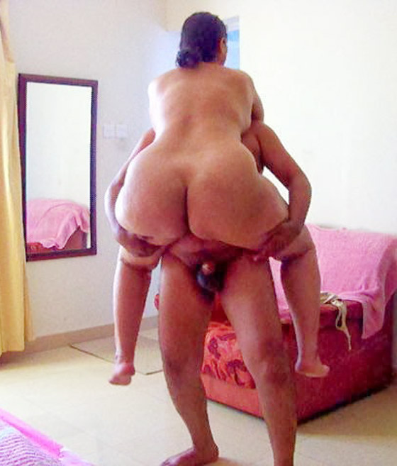 indian aunty naked ass fuck by son