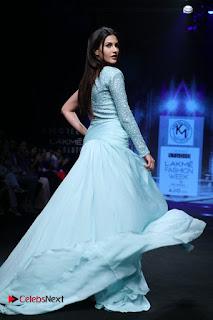 Actress Amyra Dastur Walk On Ramp for Designer Karn Malra at LFW Summer 2017  0017.jpg