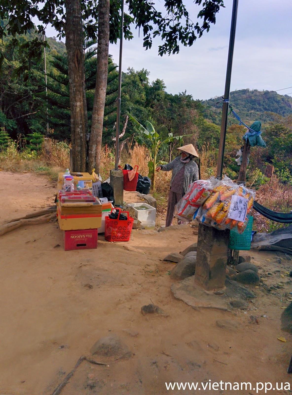 по пути на гору Таку