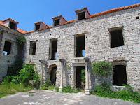 Sklop kuća Didolića dvori, Selca, otok Brač slike