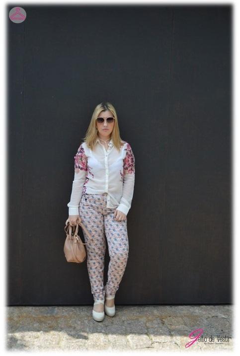 look-do-dia-calça-estampa-abacaxi-camisa-estampada-floral- blog-jeito-de-vestir-moda